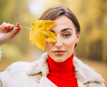 Fall in love with your skin again in the fall with 3 products from 1Beauty